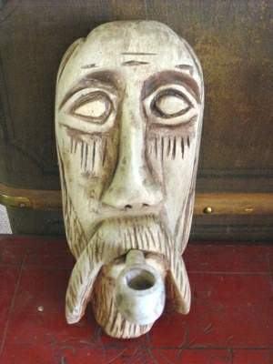 Maska z dreva