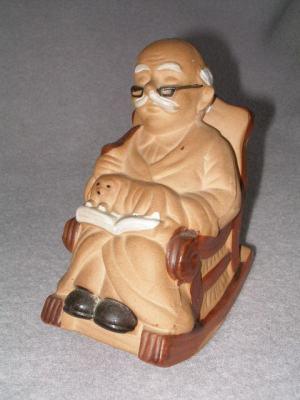 Sporitelnička - Deduško v húpacom kresle