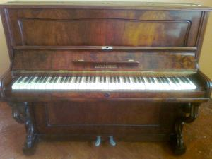 Klavír ANT.PETROF