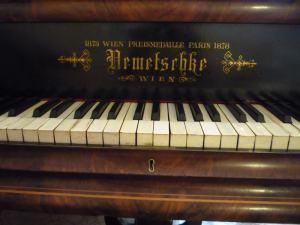 klavir - kridlo