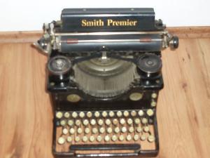 Pisaci stroj