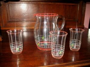 Secesný džbán s 3 pohármi