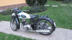 Motocykel Triumph TWN