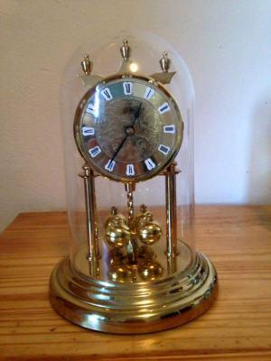 Starozitne hodiny z roku 1950