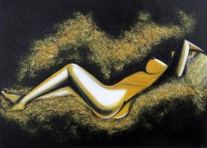 Ležiaca na zlatom piesku